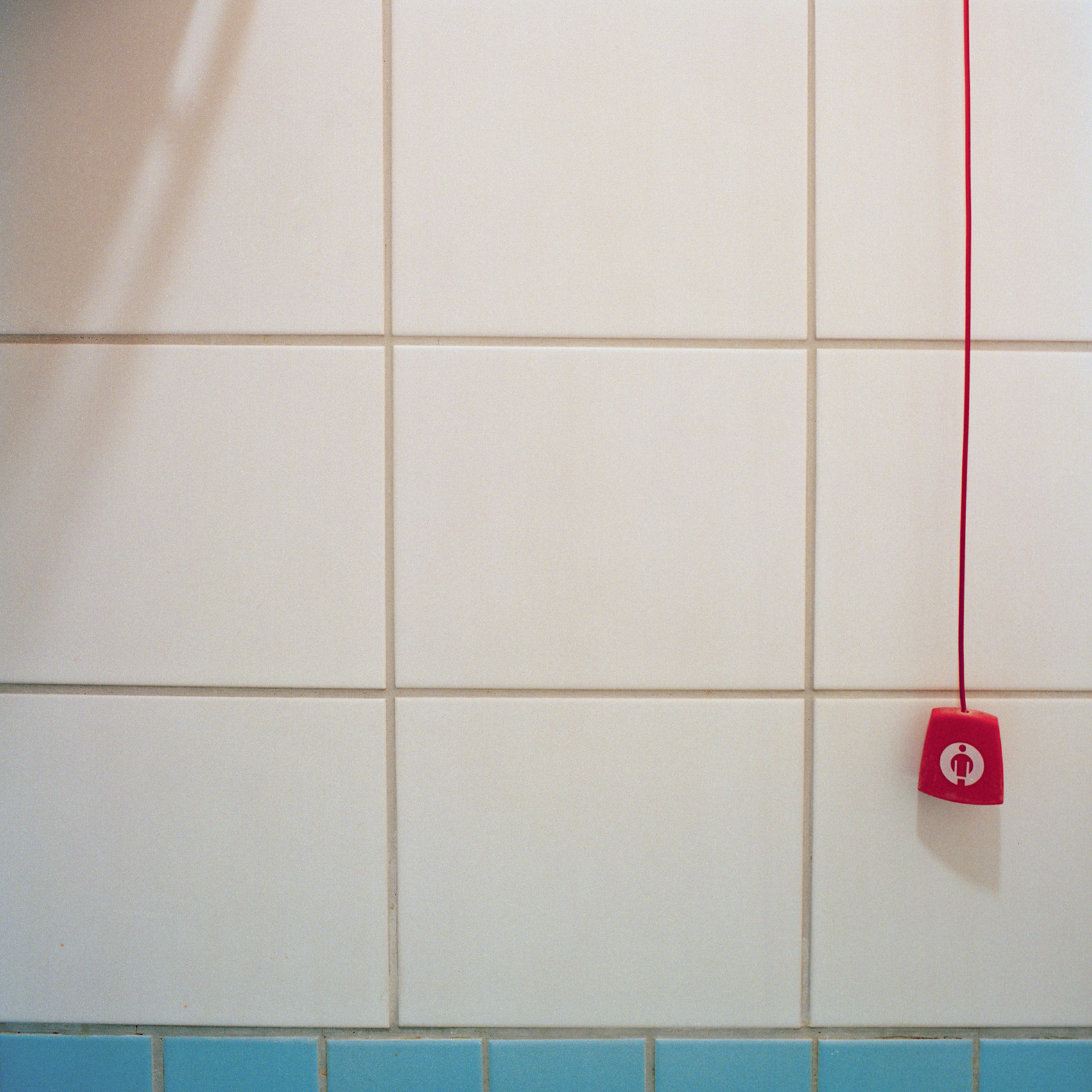 Luise-Kiesselbach-Haus (Kuratorium Wohnen im Alter) , Muenchen. Detail von Badezimmer im Gaestezimmer in der Einrichtung Luise-Kiesselbach in der Graf Lehndorf Strasse 24, Muenchen am 18. Januar 2011. Fotograf: Evi Lemberger