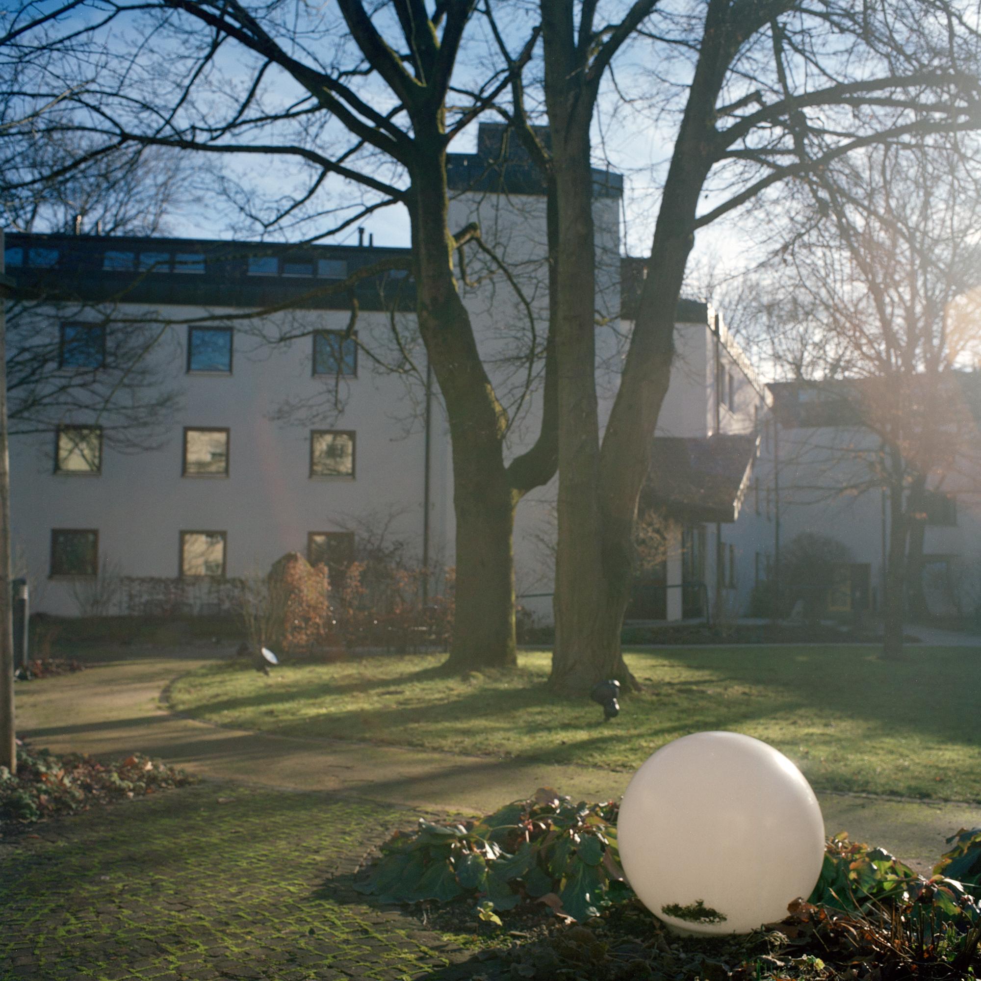 Marienstift, München. Garten im Altenheim Marienstift Muenchen in der Klugstrasse 144, Muenchen am 17. Januar 2011. Fotograf Evi Lemberger